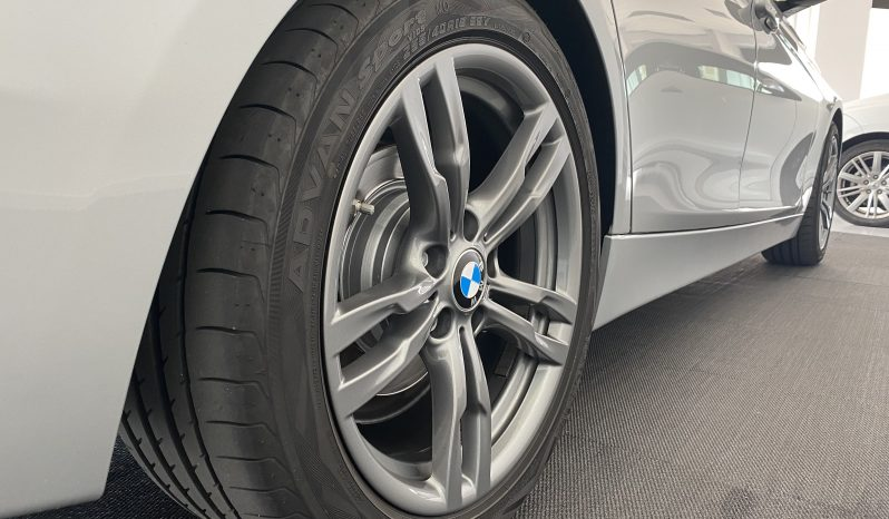 BMW 320D Touring F31 completo